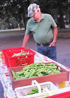 Cedartown vegetable market provides local produce twice weekly
