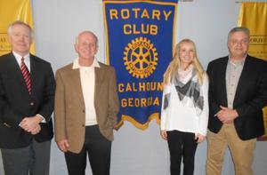 City Administrator briefs local Rotary