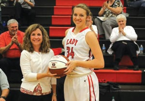 Prep Basketball: Sonoraville's Cheeks honored for 1,000th career point