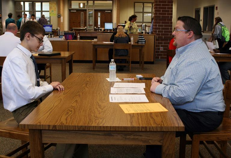 Pepperell High students prep for business world