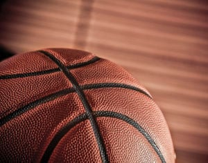 BASKETBALL: Davis lifts Woodland to victory
