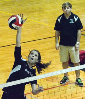 VOLLEYBALL: Coosa continues winning
