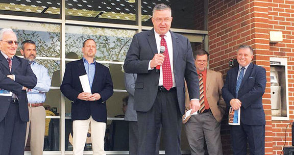 King resigns as Administrator of Gordon County