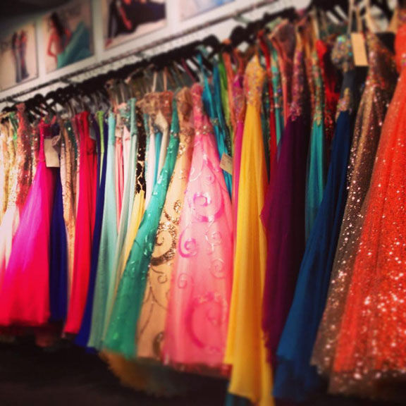 Local church needs donations for Project Prom Dress event