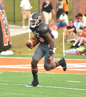 College Football: Curtis returns for Mercer, contributes in overtime win