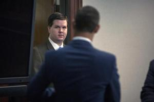 <p>Justin Ross Harris walks into the courtroom during his trial at the Glynn County Courthouse in Brunswick, Ga., Monday, Oct. 3, 2016. Harris charged with murder after his toddler son died two years ago while left in the back of a hot SUV. (Stephen B. Morton/Atlanta Journal-Constitution via AP, Pool)</p>