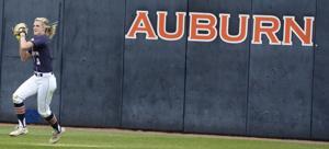 Auburn softball Baylee Stephens