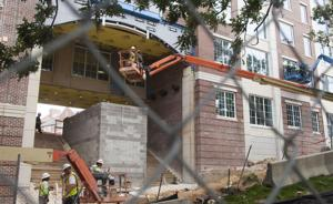 AU Construction 03