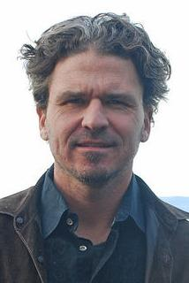 AU selects 'The Circle' by Dave Eggers for its 2017-18 Common Book