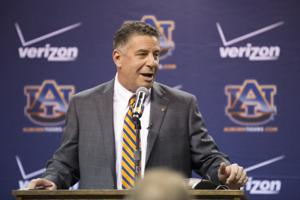 Bruce Pearl Press Conference 109
