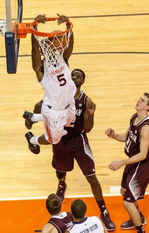 MEN'S HOOPS: Texas A&M at Auburn 10