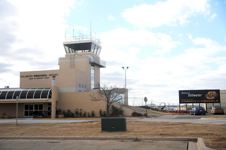 Commercial flights coming to Stillwater in August - ocolly ...
