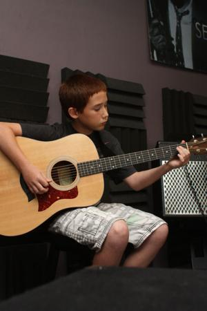 11-year-old guitar sensation from Omaha area a hit on YouTube