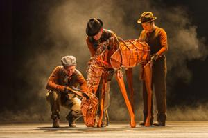'War Horse': Amazing puppetry with story and acting to match