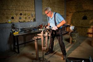 Omaha is a hickory golf capital thanks to a collection of craftsmen, enthusiasts