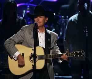 George Strait to play CenturyLink Center Omaha