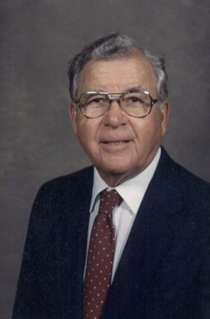 Real estate agent Harold Peterson a WWII vet, avid volunteer
