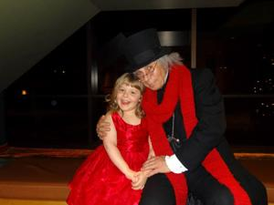 6-year-old girl recovering from brain injury gets her very own 'Christmas Carol' production