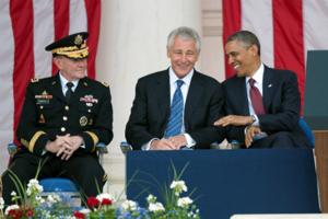 Chuck Hagel takes questions from the ranks in Hawaii