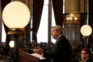 Iowa Gov. Branstad wants to reduce Iowa commercial property taxes