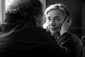 'Amour' is honest lesson on humanity