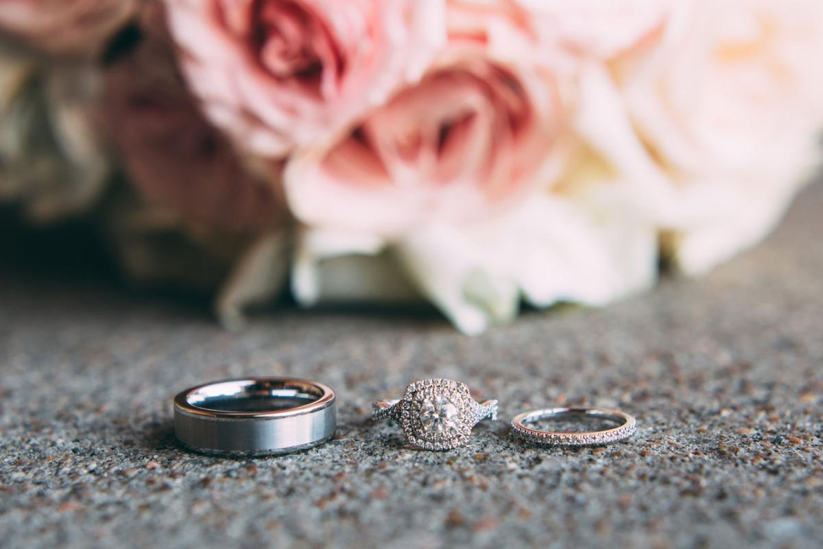 Wedding Essentials // Real Wedding // Sarah & Bryan // Erin Dunaway Photography