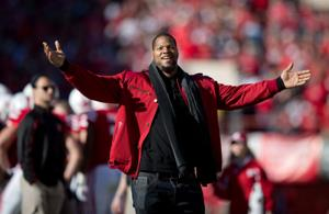 From the sidelines: Returning to Nebraska 'never gets old' for Suh