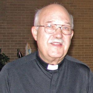 2 Omaha priests injured in crash near Fremont