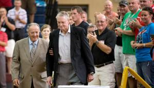 Tom Osborne stresses importance of influencing with integrity, affection