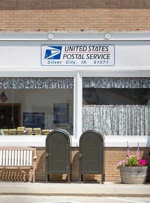 Ending Saturday delivery should spare small-town post offices