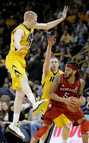 Chatelain: Hawkeyes' late swoon helped Huskers' seed; more bracket observations