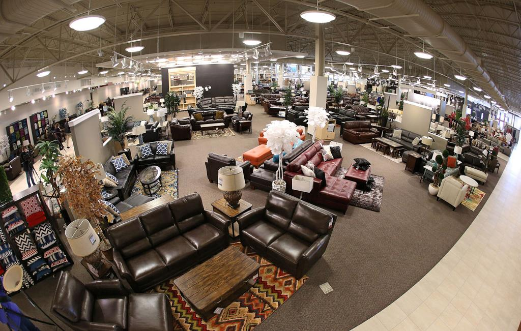 Texas sized Furniture Mart store can fit 3 Walmart