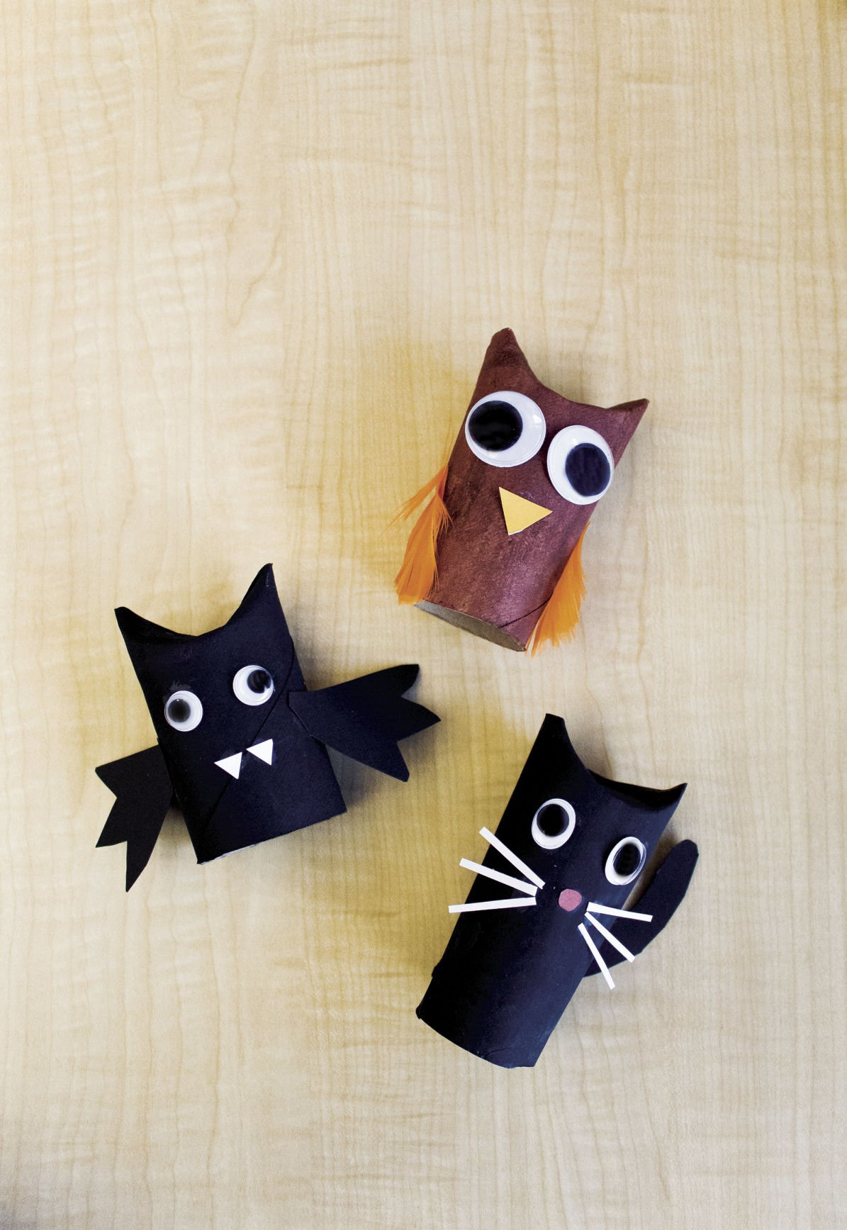 easy halloween crafts made from supplies you already have at home