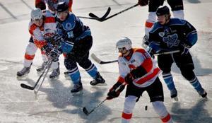 Lancers top Stars in outdoor hockey opener