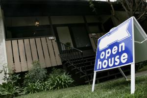 Pending sales of U.S. homes slip from 6-year high