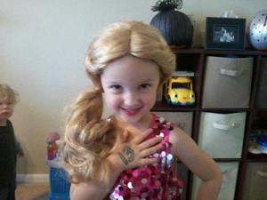 Omaha's biggest (little) Taylor Swift fan