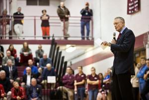 Tom Osborne draws a crowd for sportsmanship talk at Waverly High