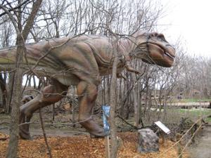 New zoo exhibit features 15 animatronic dinosaurs