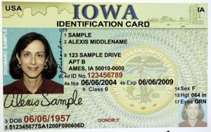 Iowa Gov. Branstad to consider giving immigrants licenses