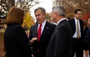 Nebraska lawmakers urge Obama, Clinton to approve Keystone XL pipeline