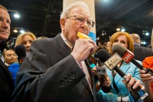 Buffett on Buffett: Recap of Berkshire Hathaway shareholder Q&A