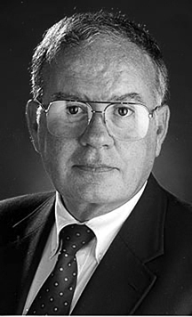 Former UNL instructor Dick Thien, a founding editor of USA Today, dies