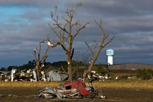 Nebraska, Iowa towns tally twisters' damage