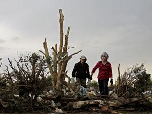 Search nearly complete after EF5 tornado in Oklahoma