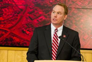 Husker A.D. Eichorst mum on Pelini contract extension