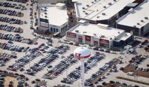 2 Nebraska Crossing eateries expected to open this week
