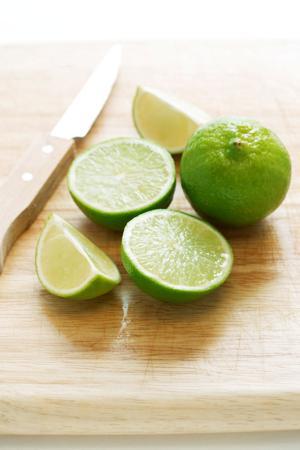 Omaha bars weathering pricey lime crisis