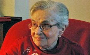 Betty Simon learned Facebook to keep in touch with friends