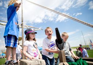 Imaginations fly more than kites at Lewis and Clark Kite Flying Festival