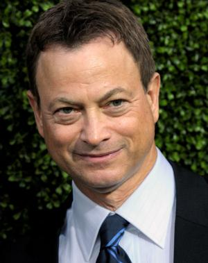 Gary Sinise, Lt. Dan Band rock out for Iowan who lost limbs